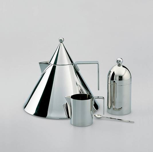 https://fabrykaform.pl/officina-alessi-czajnik-il-conico